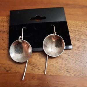 🍒 Silver tone earrings